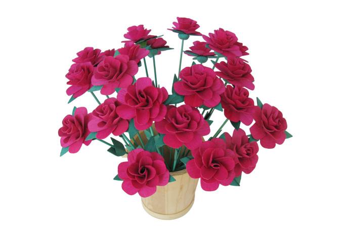 Kwiaty drewniane roze rozowe
